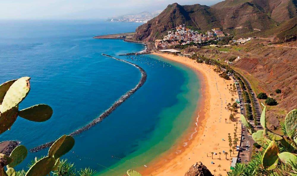 Tenerife, cea mai mare dintre Insulele Canare (Foto: via http://sailingforever.com) insulele canare Croaziera in Insulele Canare - o aventura in Atlantic tenerife