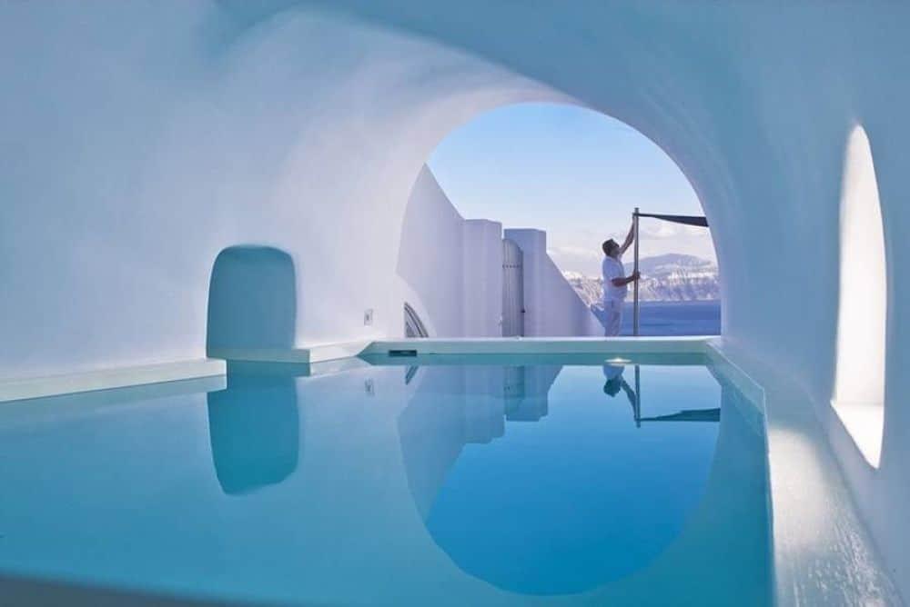 santorini cave pool 1