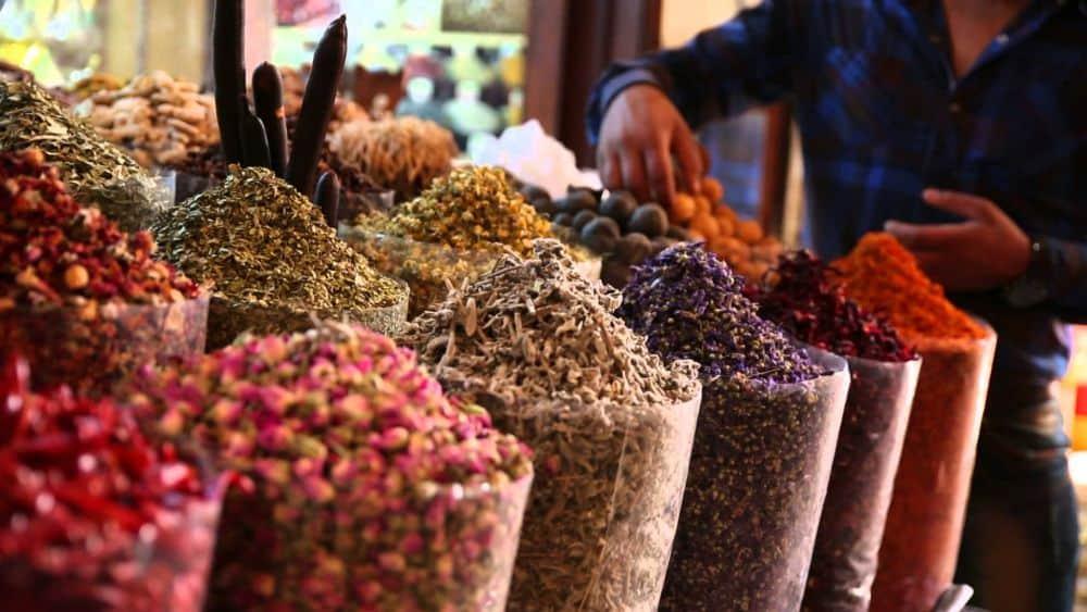 Piata de condimente din Dubai [Foto: DAMAC Maison hotels]