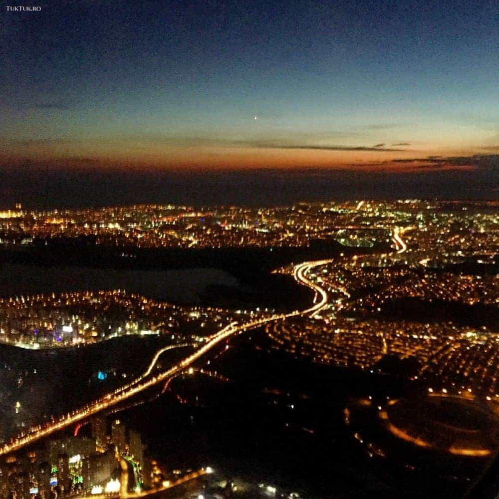 Istanbul, unul dintre cele mai frumoase orașe ale lumii, văzut din aeronava Turkish Airlines.
