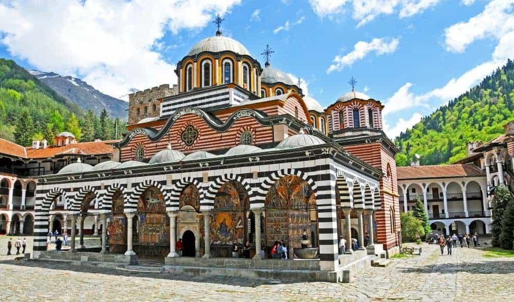 Rila, cea mai cunoscută mânăstire din Bulgaria