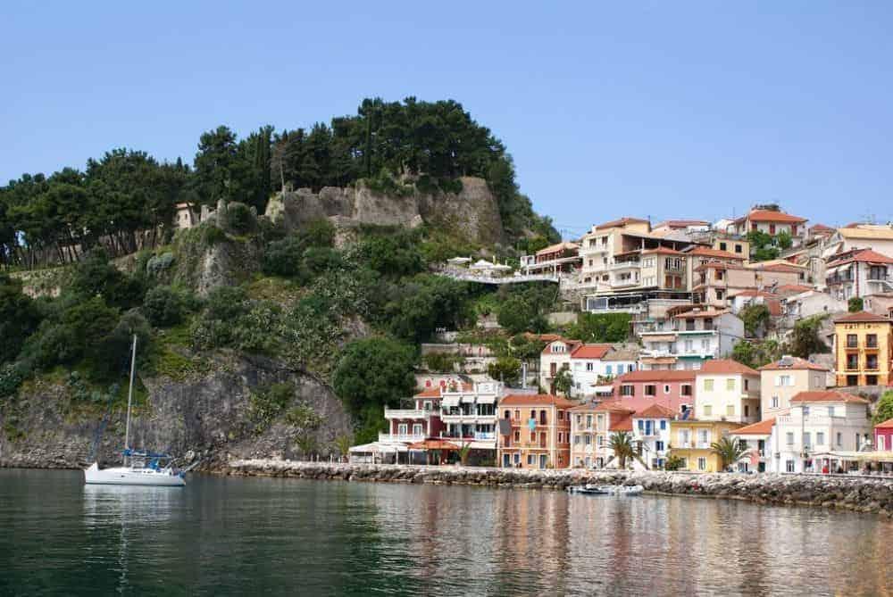 parga Parga, relaxare pe malul Marii Ionice parga 3 min