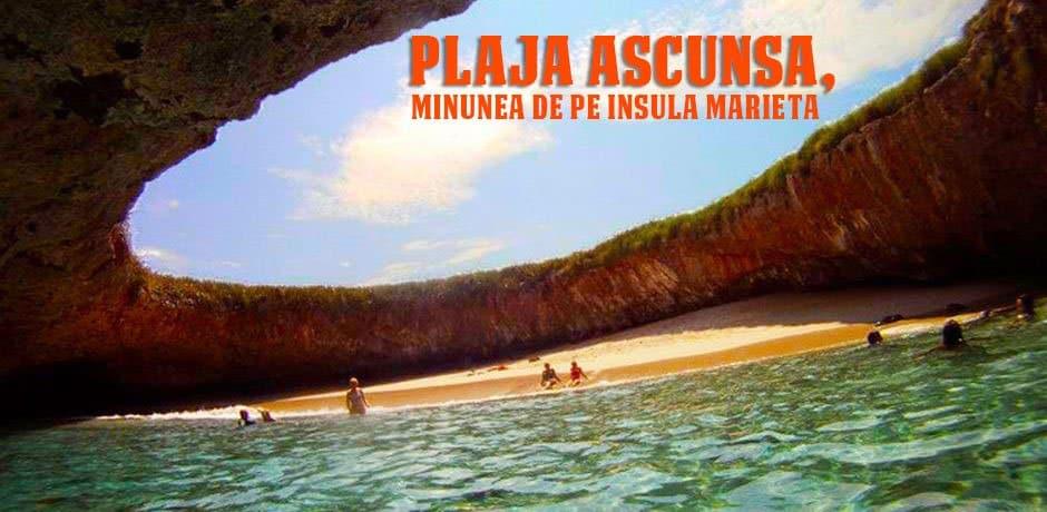 Plaja ascunsa, minunea de pe Insulele Marieta