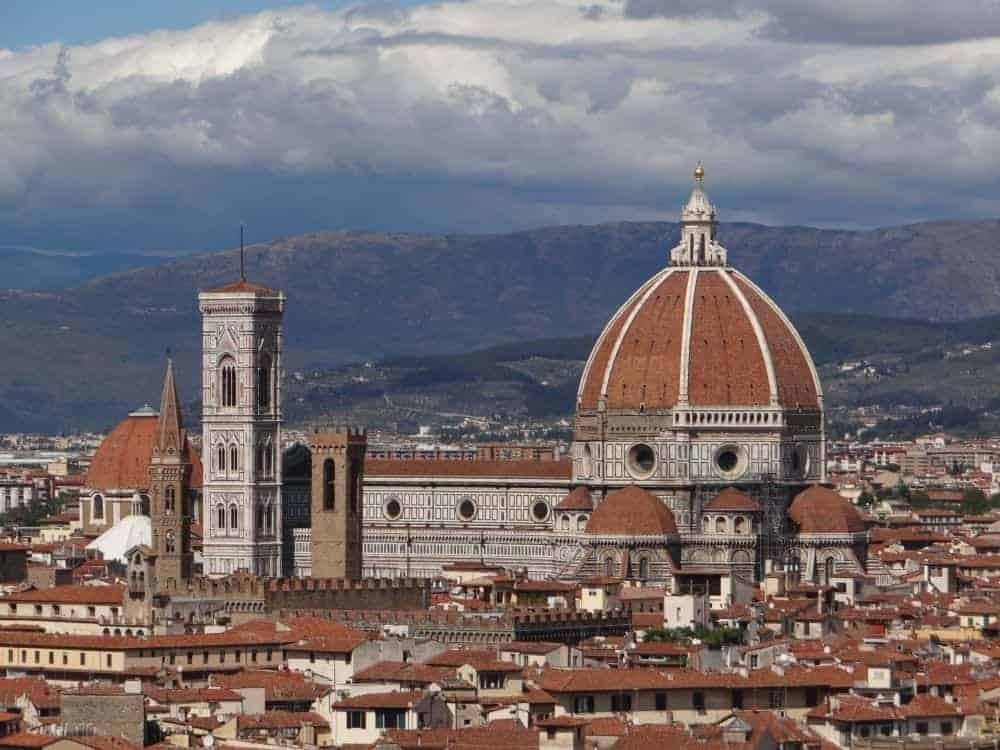 florența Top 10 lucruri de văzut și făcut în Florenţa domul din Florenta