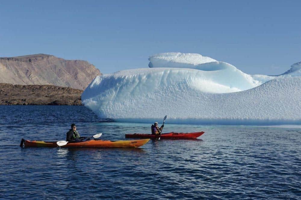 antarctica Antarctica: Exploratorii din trecut și turiștii de azi 6