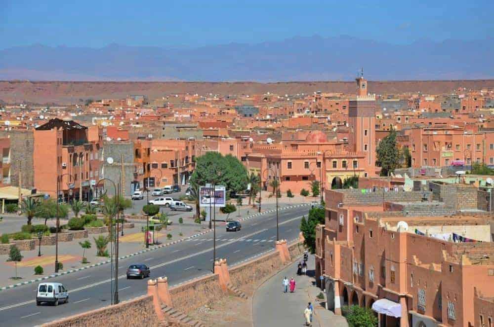 maroc Hai cu TukTuk și Agetur în Maroc! Circuit Maroc & Gibraltar în luna noiembrie. OUARZAZATE