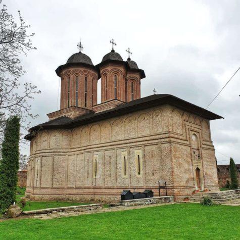 manastirea brebu 1