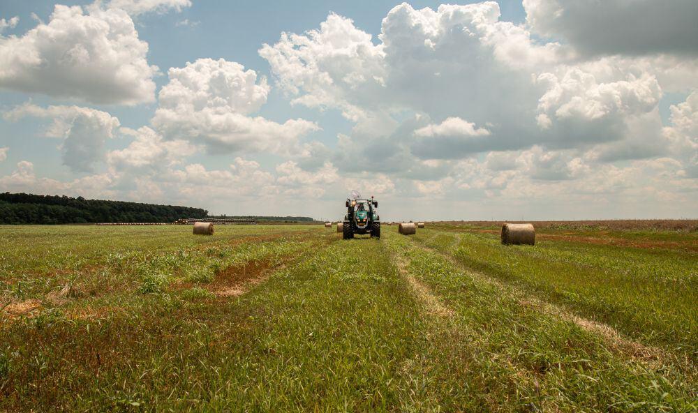 România Văzută Din Tractor