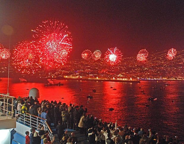 Petrecerile de anul nou din Madeira sunt fabuloase