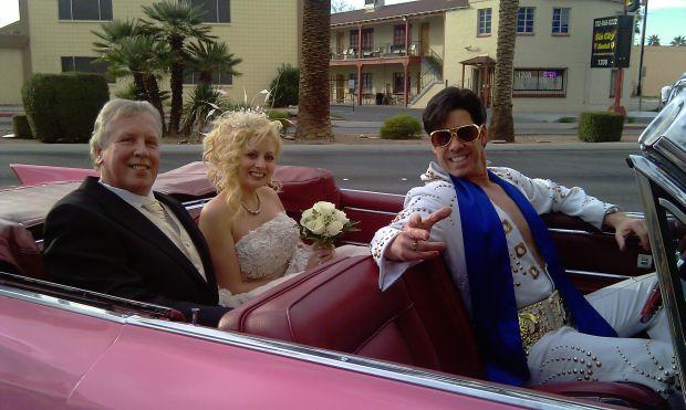 Vrei o nunta cu elvisi? Vegas e solutia!