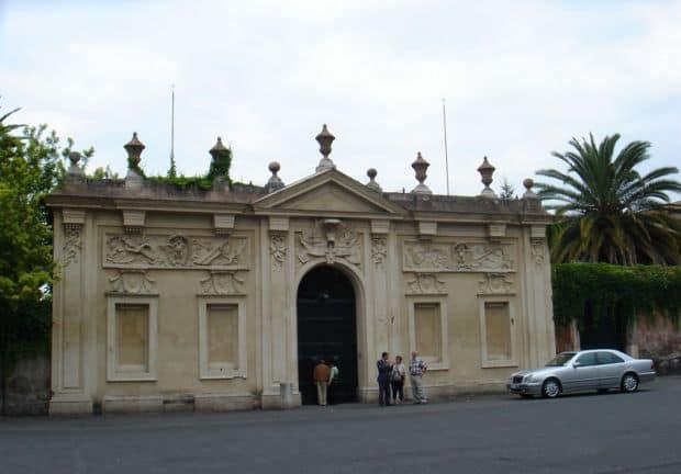 Piata Cavalerilor de Malta