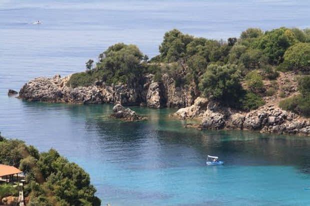 Mai putin cunoscuta turistilor romani, Thresprotia e o regiune care ar merita explorata.