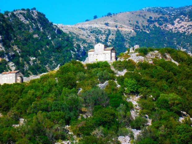 Multe manastiri in Thesprotia, unele extrem de frumoase