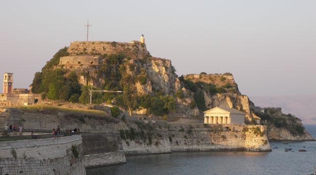 Fortul Vechi, pe vremuri pavaza in fara atacurilor