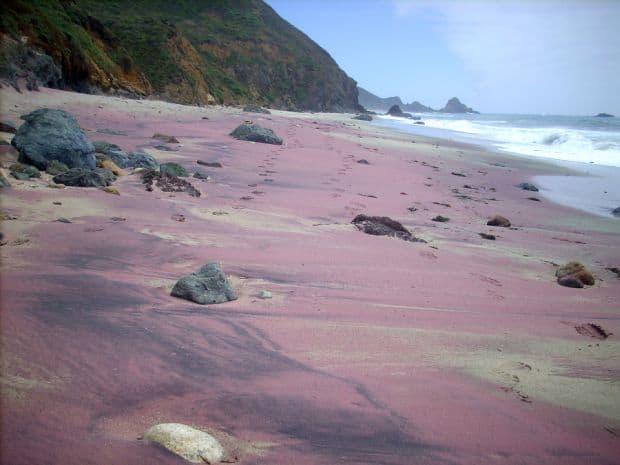 Plaja mov din California