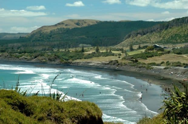 Plaja neagra din Muriwai