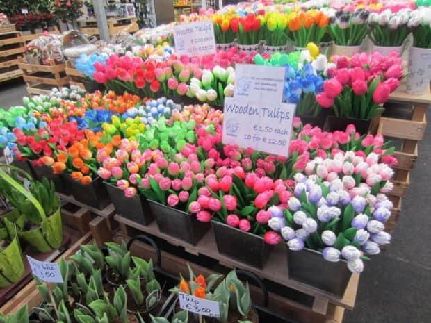 Fascinantele piete de flori ale Amsterdamului