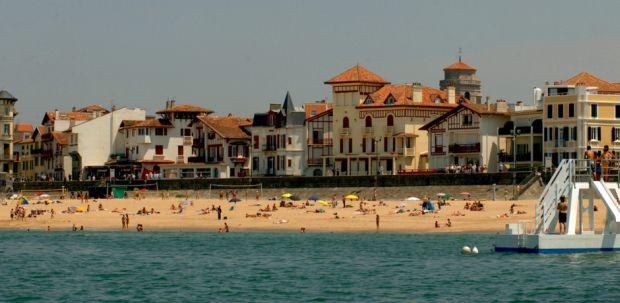 St-Jean-de-Luz, mai departe de Coasta de Azur