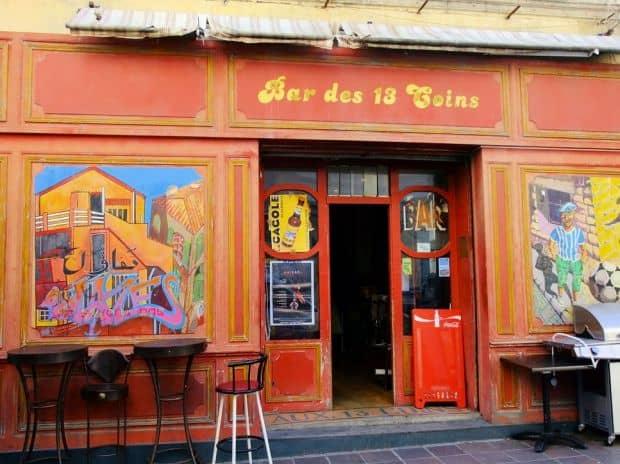 Bar pitoresc in Le Panier