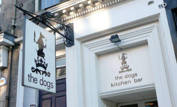 Pub-ul The Dogs