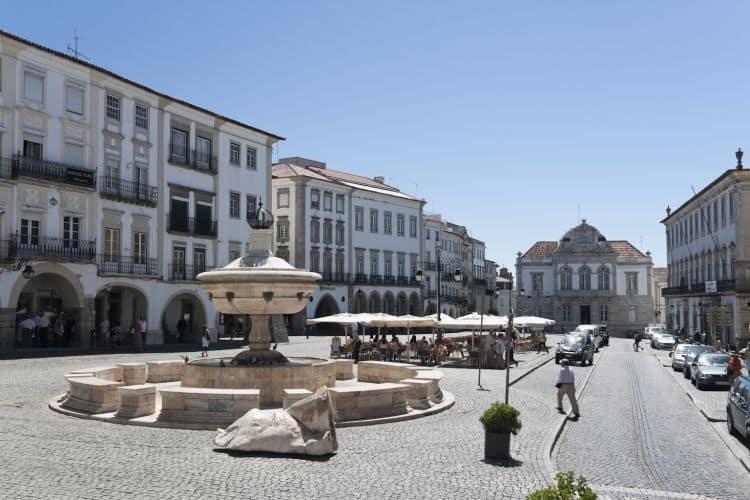Istoricul oras Evora