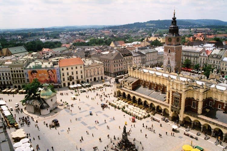 mai market cracovia