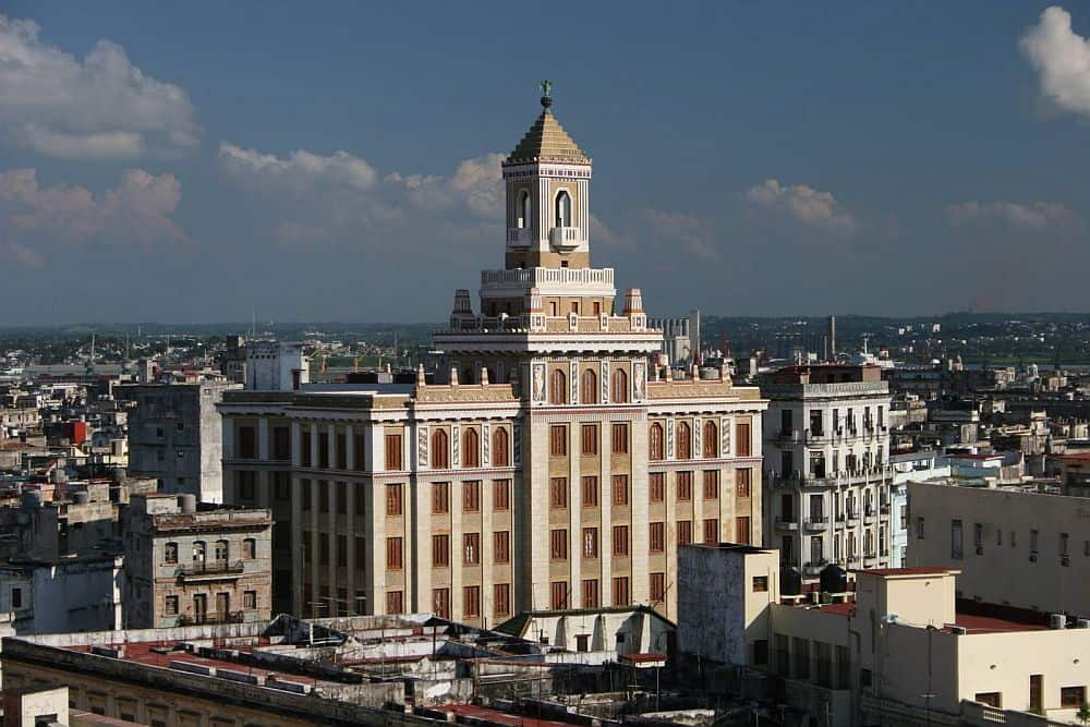 Clădirea Bacardi, din Havana. Foto: jacobogordonlevenfeld.es