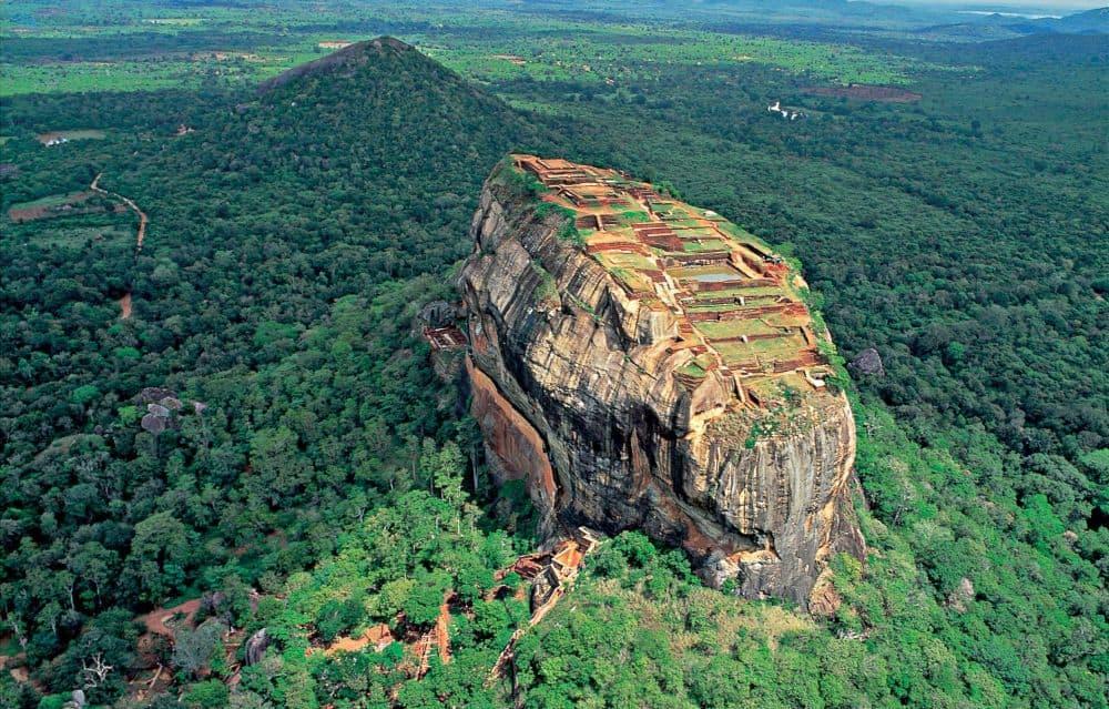 Fortareața de la Sigiriya, una dintre cele mai cunoscute atracții din Sri Lanka