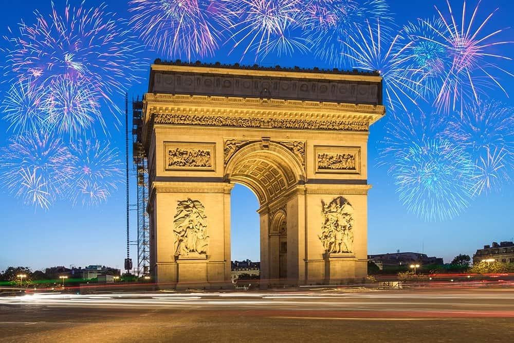 Paris, Arcul de Triumf. Foto: Shutterstock